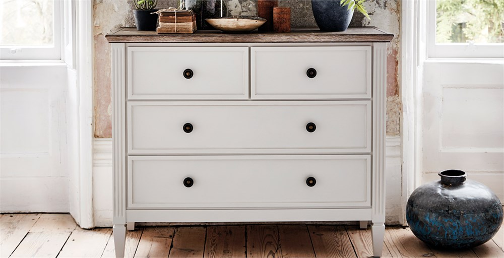 Verona 4 Drawer Chest